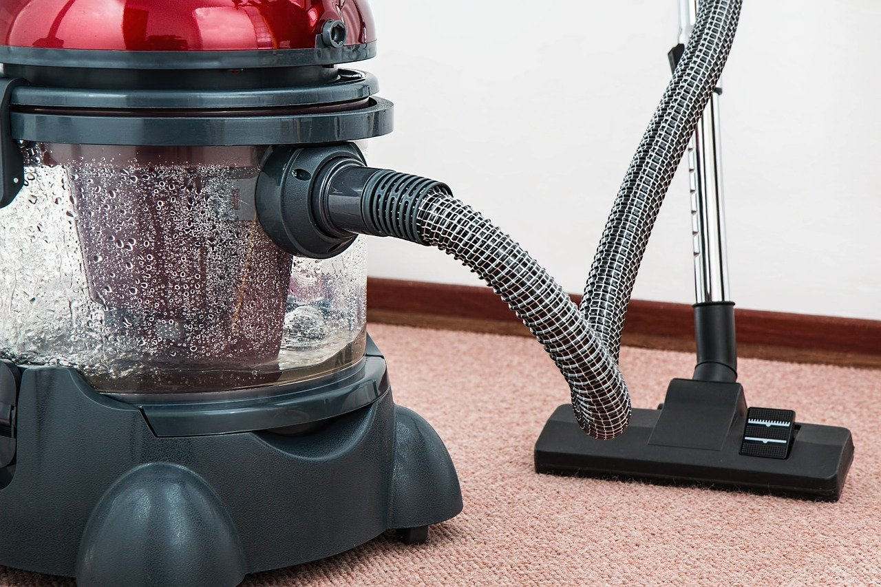 Five Maintenance Tips for Your Vacuum Cleaner